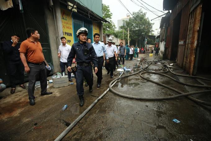 Ngay sau khi xảy ra vụ hoả hoạn, rạng sáng cùng ngày, Chủ tịch UBND Thành phố Nguyễn Đức Chung và Phó Chủ tịch Nguyễn Văn Sử đã có mặt tại hiện trường chỉ đạo công tác chữa cháy và giải quyết hậu quả vụ hoả hoạn.