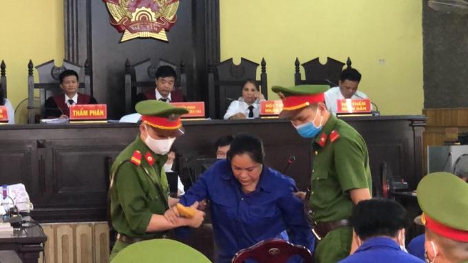 Bị cáo Hoàng Thị Thành tại tòa.
