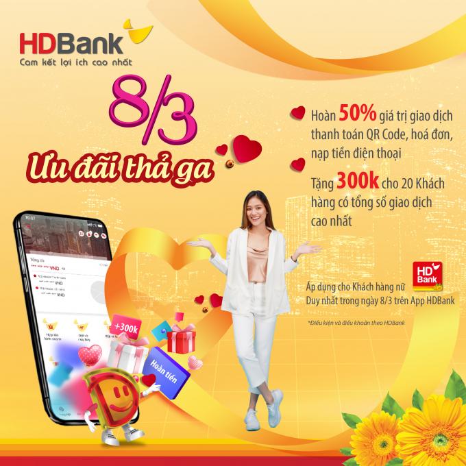 Với thông điệp yêu thương cùng những lời chúc tốt đẹp nhất đến một nửa thế giới, HDBank dành tặng hàng ngàn món quà đến chị em phụ nữ khắp cả nước.