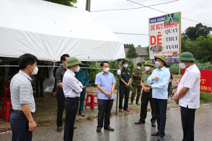 Chốt kiểm soát dịch ở Hương Sơn.