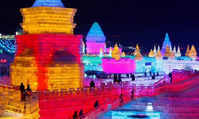 Lễ hội Băng đăng từ lâu đã đóng vai trò là biểu tượng của thành phố. (Ảnh: EAP)