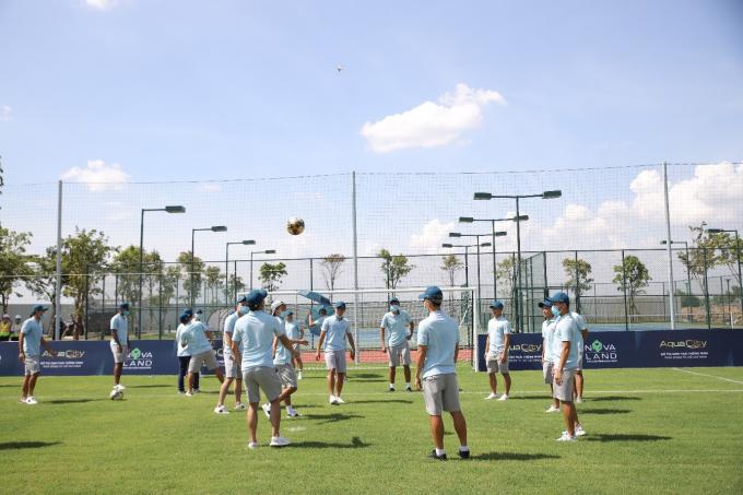 Sài Gòn FC chơi bóng tại Trung tâm Aqua Sport Complex thuộc Khu đô thị sinh thái thông minh Aqua City của tập đoàn Novaland.