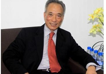 Chuyên gia tài chính Nguyễn Trí Hiếu (Ảnh: Lan Anh)