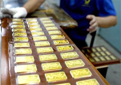 NHNN khuyến cáo người dân nên bình tĩnh trước mọi quyết định mua, bán vàng miếng SJC để tránh thiệt hại không đáng có (Ảnh minh họa)