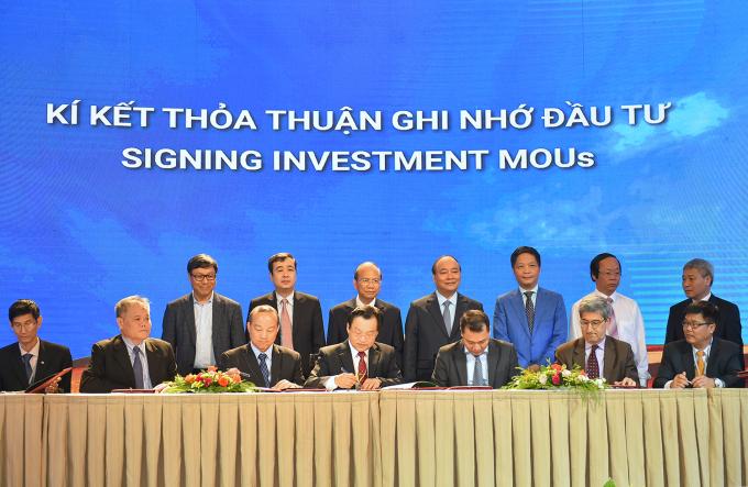 Thủ tướng chứng kiến 1 số lễ ký kết đầu tư vào tỉnh Bình Thuận.