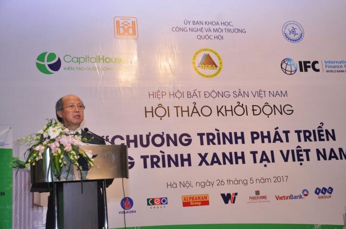 Ông Nguyễn Trần Nam – Nguyên thứ trưởng BXD, Chủ tịch Hiệp hội BĐS phát biểu khai mạc hội thảo