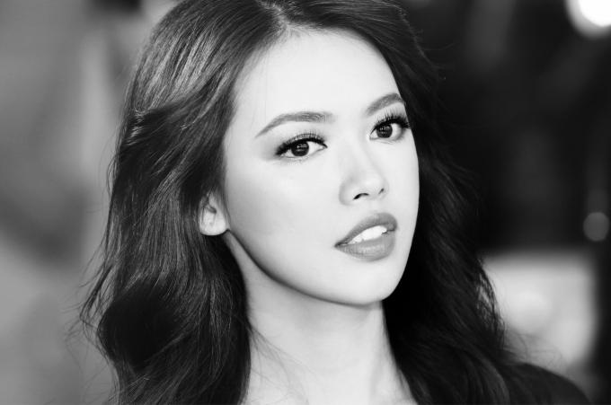 Hoa hậu hoàn vũ Việt Nam: Bảo vệ luận văn thạc sĩ với đề tài vì cộng đồng