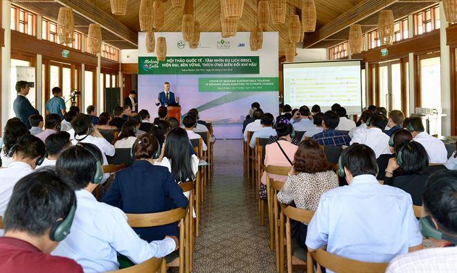 """Hội thảo quốc tế """"Tầm nhìn hiện đại về Du lịch ĐBSCL bền vững thích ứng biến đổi khí hậu với Cần Thơ là trung tâm""""."""