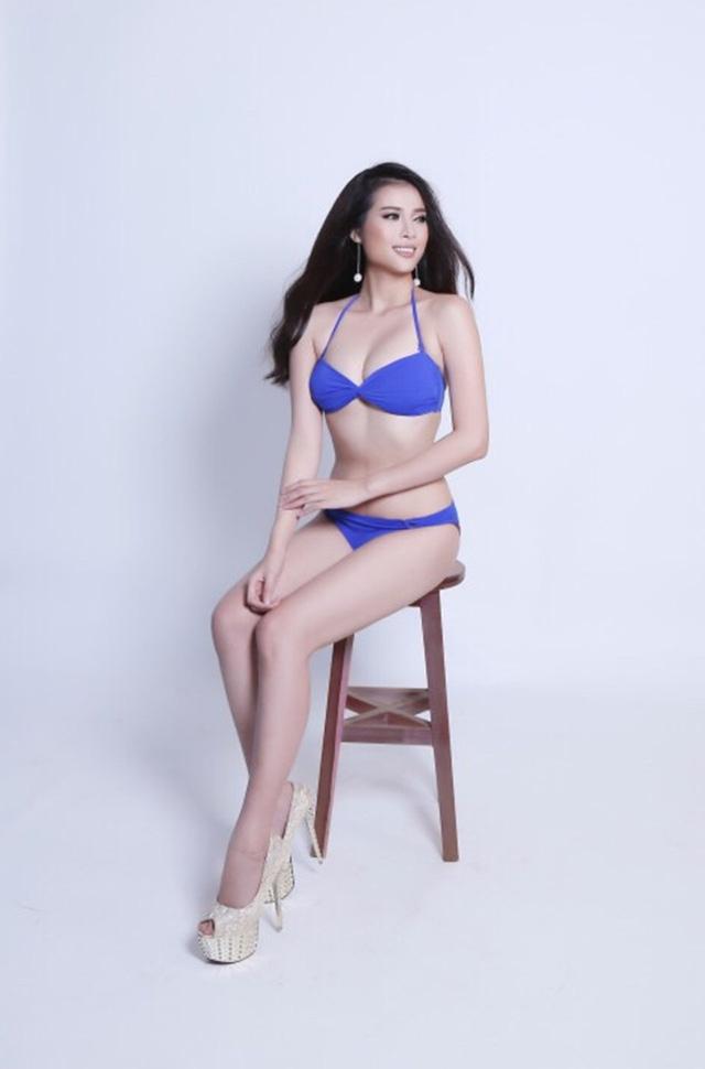 """Từng đoạt giải """"Người đẹp ảnh"""" tại một cuộc thi hoa khôi vào năm ngoái, Hồng Quỳnh đầy tự tin đến với Hoa hậu Hoàn vũ Việt Nam trong tư thế sẵn sàng chiến đấu."""