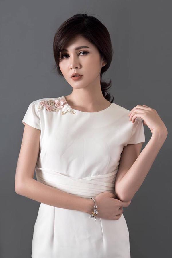 Vũ Thu Hoài sinh năm 1990. Cô đóng vai Lê Thảo - em gái Lê Thành. Lê Thảo yêu Bảo