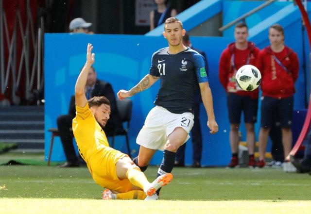 Tinh thần quả cảm của các cầu thủ Australia trong suốt trận đấu. (Ảnh: Reuters)