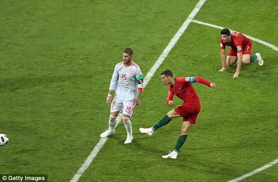 Pha lập công thứ hai của Ronaldo trong trận đấu này.