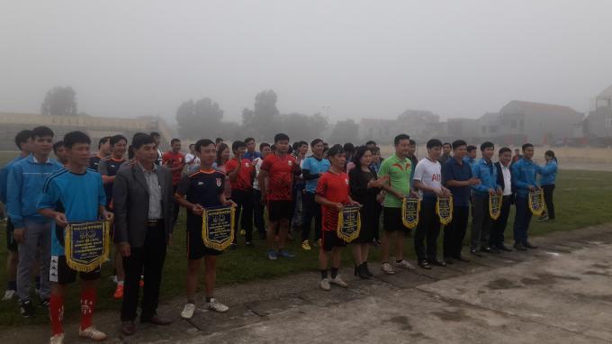 Giải đấu có sự góp mặt của 6 đội bóng.