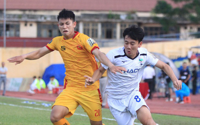 Trận đấu giữa Đông Á Thanh Hóa - Hoàng Anh Gia Lai sẽ không có khán giả để phòng chống dịch.