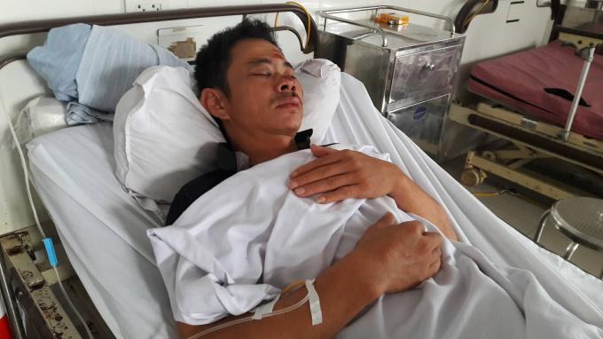 Hiện tại anh Hùng đang được điều trị tại BVĐK 115 Nghệ An trong tình trạng đa chấn thương.