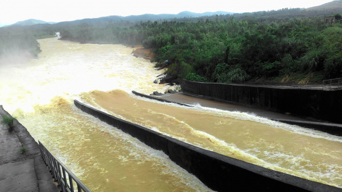 Hiện tại hầu hết các hồ, đập trên địa bàn tỉnh Nghệ An đã đầy nước. Nhiều hồ có nguy cơ mất an toàn.