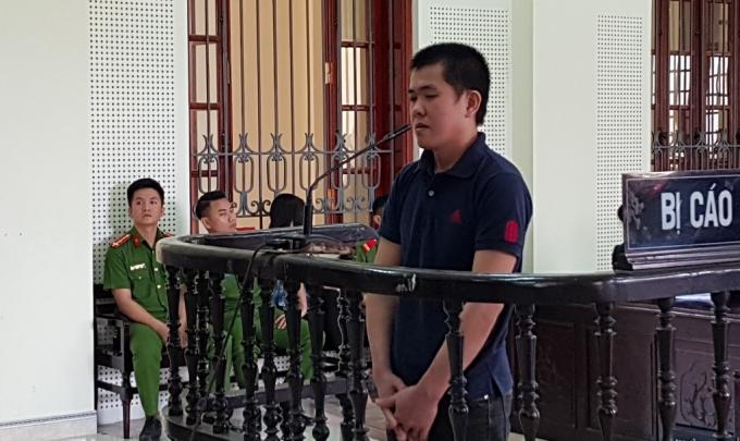 Trần Hữu Dũng tại phiên xét xử.