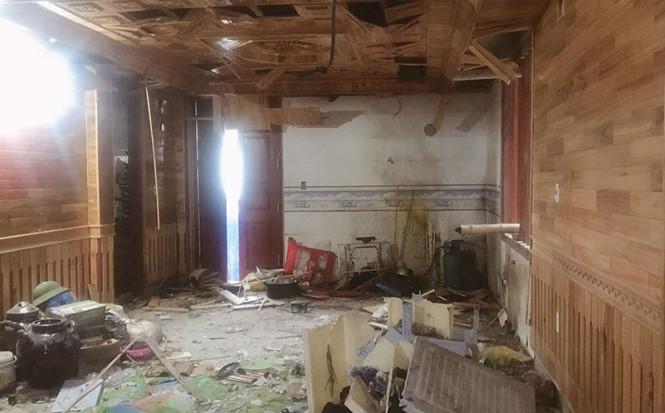 Hiện lực lượng chức năng đang điều tra vụ nổ lớn tại nhà Chủ tịch UBND xã Đồng Hợp (ảnh minh họa).