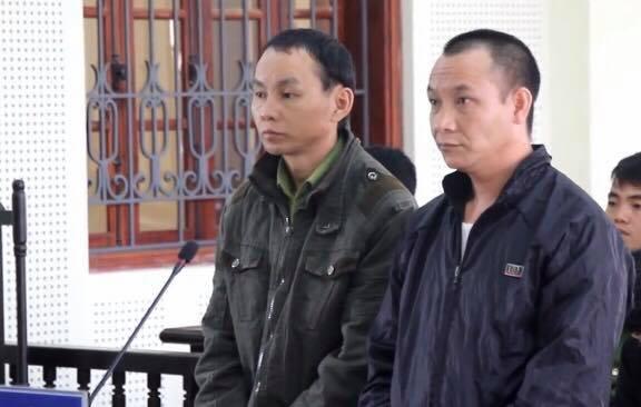 Hai bị cáo tại phiên xét xử ngày 12/3.