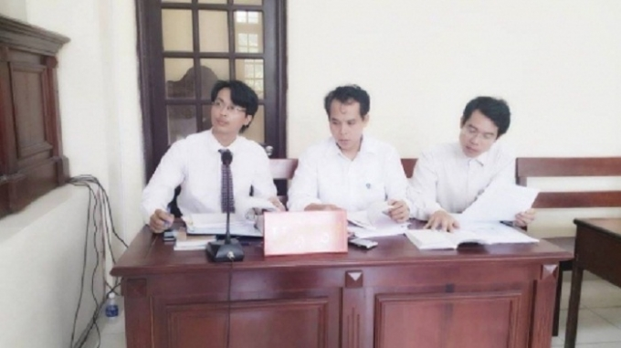 Các luật sư bào chữa tại phiên tòa cấp phúc thẩm - Ảnh: Nguyễn Xinh