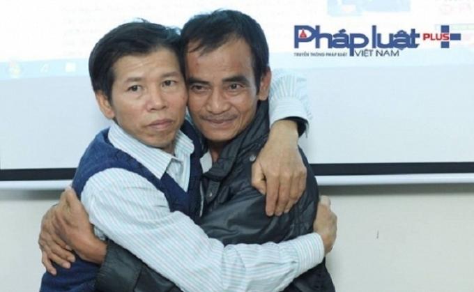 Ông Huỳnh Văn Nén và ông Nguyễn Thanh Chấn tại tòa soạn Pháp Luật Plus.