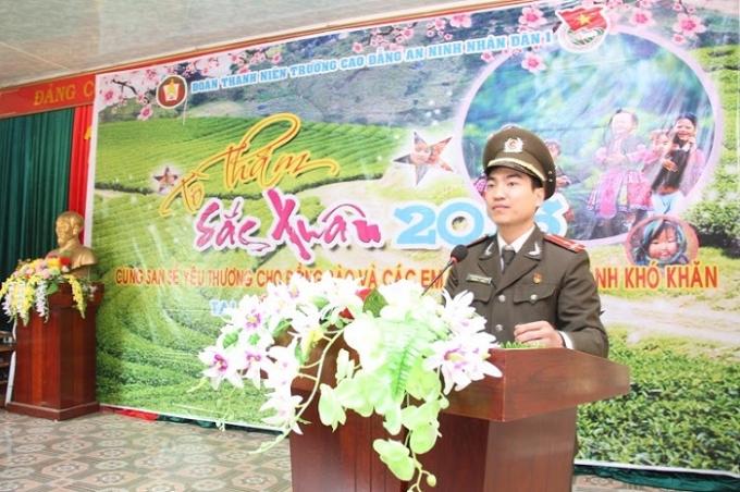 """Đoàn thanh niên Trường Cao đẳng An ninh nhân dân Itổ chức hoạt động tình nguyện """"Tô thắm sắc xuân"""" tại xã Quy Hướng,tỉnh Sơn La."""
