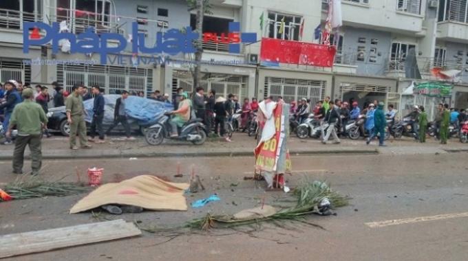 Vụ nổ tại khu đô thị Văn Phú (quận Hà Đông, Hà Nội) ngày 19/3/2016 làm 5 người chết.