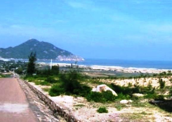 Đất thuộc phạm vi Dự án Khu Du lịch Vĩnh Hội đang bị bỏ hoang gây lãng phí.