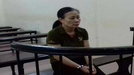 Bị cáo Phạm Thị Loan tại phiên tòa xét xử. (Ảnh: báo Công lý)