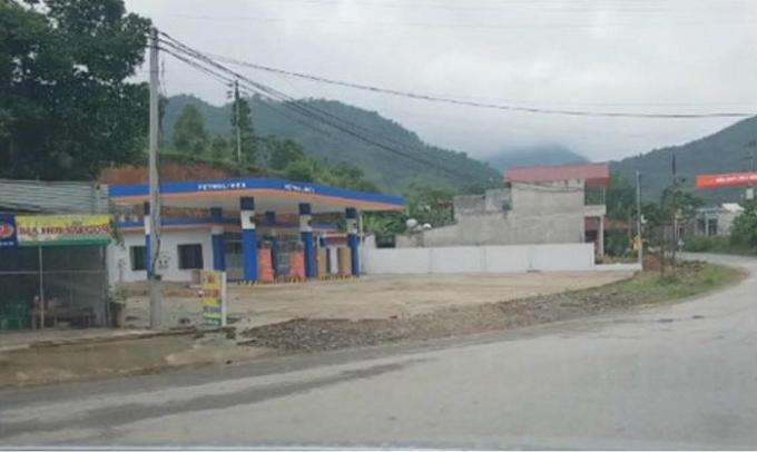 Bộ GTVT đã chỉ rõ những bất cập trong quy hoạch mạng lưới xăng dầu trên địa bàn huyện Tân Sơn.