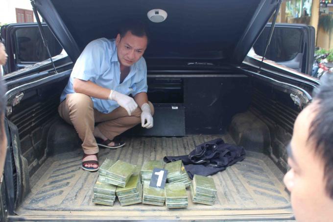 Lực lượng chức năng đã phát hiện và thu giữ 30 bánh Heroin.