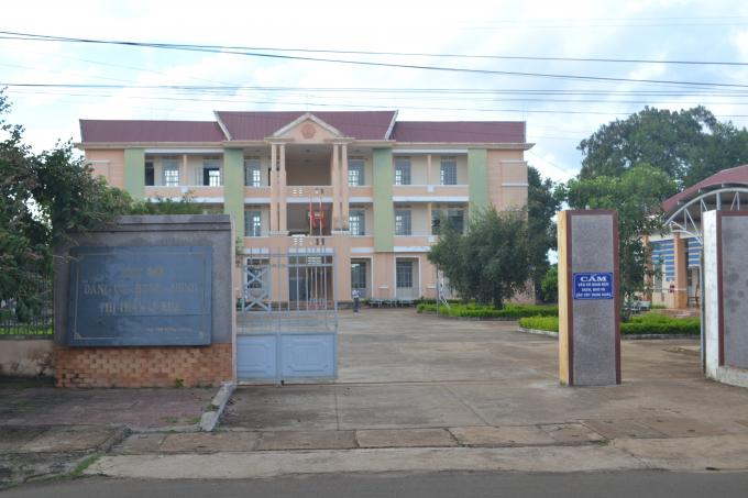 Trụ sở UBND thị trấn Ia Kha.