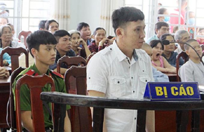 Bị cáo Dương Hoàng Long tại phiên xét xử. (Ảnh: báo Dân trí)