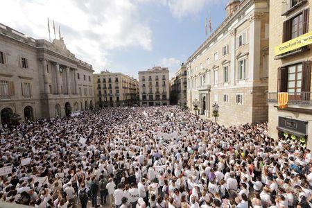 Biểu tình kêu gọi đối thoại tại Tây Ban Nha.