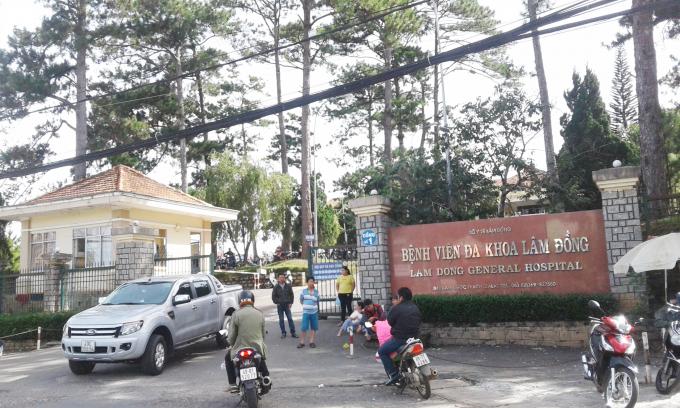 Bệnh viện Đa Khoa Lâm Đồng - nơi xảy ra sự việc cháu bé bị tử vong.