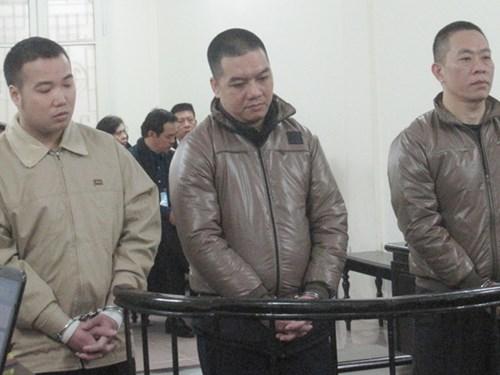 Các bị cáo tại phiên tòa trước đó. (Ảnh: báo Dân trí)