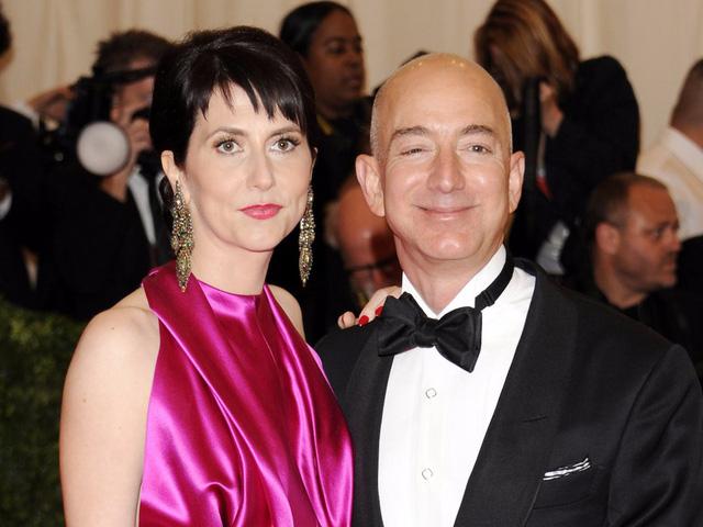 Tỷ phú Jeff Bezos và nữ nhà văn Mackenzie Bezos.