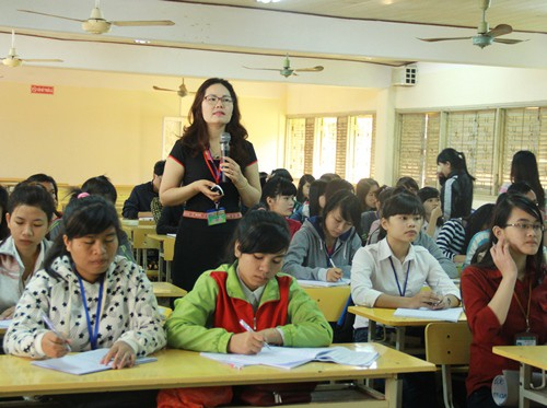 Các cơ sở giáo dục không thể xếp lương cho một cá nhân có trình độ tiến sĩ quá hệ số 3,00.