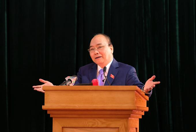 Thủ tướng đã thông báo khái quát tình hình kinh tế - xã hội của Hải Phòng và cả nước.