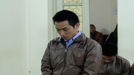 Bị cáo Hiến tại phiên tòa xét xử. (Ảnh: báo Công lý)
