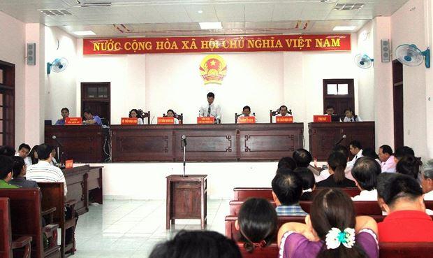 Hoãn xét xử vụ án Công ty cổ phần Lương thực Hậu Giang