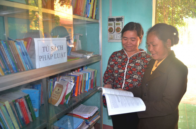 Tủ sách pháp luật tại xã Liên Vũ - mô hình giúp người dân hiểu luật, nắm luật