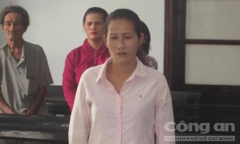 Bị cáo Trần Thị Chơn tại tòa.