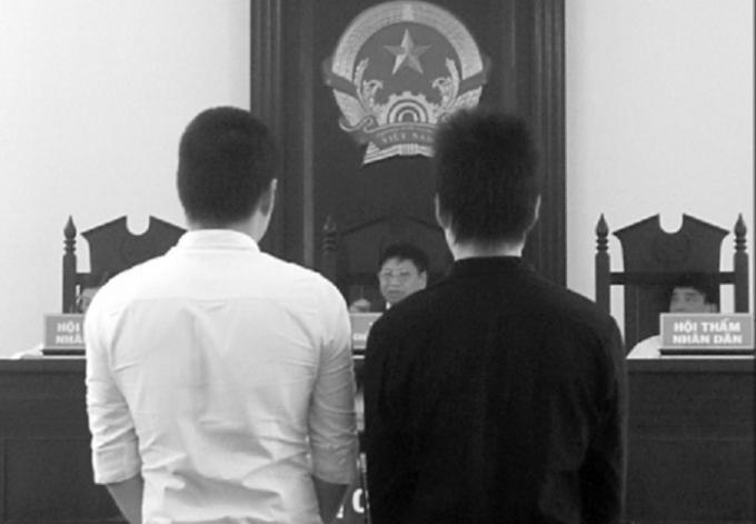 Tòa tuyên phạt bị cáo Đăng 3 năm 3 tháng tù, bị cáo Hà 2 năm tù.