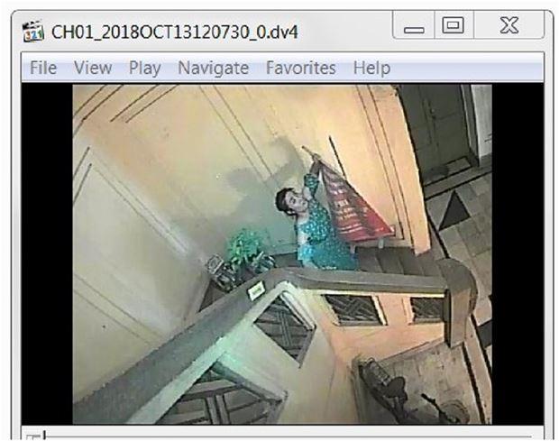 Hình ảnh do camera chủ hộ tầng 3, nhà số 11A Tổng Đản ghi nhận.