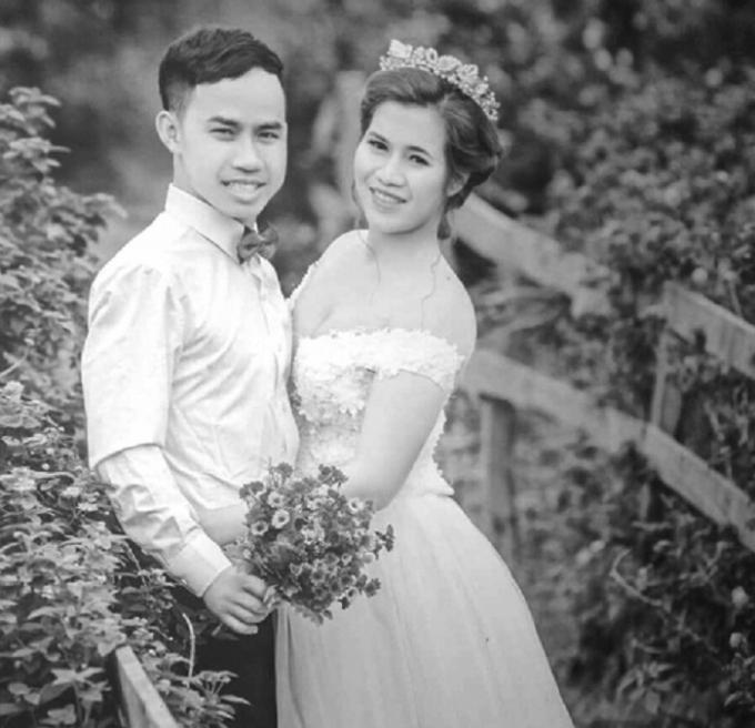 Ảnh cưới của vợ chồng anh Chính vào năm 2017.