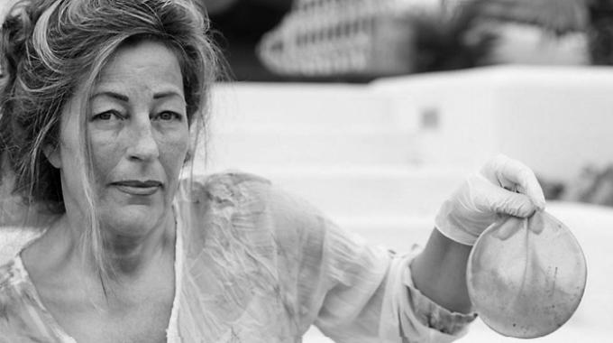 Bà Marga van Amersfoort, Chủ tịch Hiệp hội các nạn nhân ghép độn silicone giữ lại túi silicone đã dùng để làm bằng chứng tại tòa án.