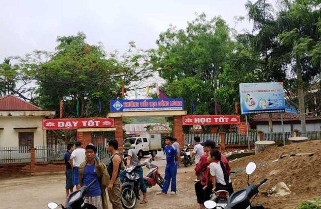 Trường Tiểu học Đồng Lương, nơi xảy ra vụ việc. (Ảnh: báo Dân trí)