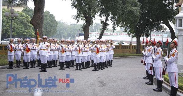 Phát biểu tại Lễ thượng cờ chào mừng Cộng đồng ASEAN chính thức được hình thành, Phó Thủ tướng, Bộ trưởng Ngoại giao Phạm Bình Minh nhấn mạnh, đây là một thời khắc lịch sử đối với tất cả các nước thành viên. Ảnh: Như Trường.