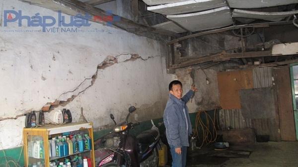 Ngôi nhà sắp sập của gia đình ông Lê Phúc Thuỷ (123 Nguyễn Văn Cừ, Long Biên, Hà Nội).